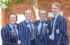 GRAAD 10 AFRIKAANS Jamie Robertson, Amelda Pretorius, Suandrie Corbett and Ignis Stucki.