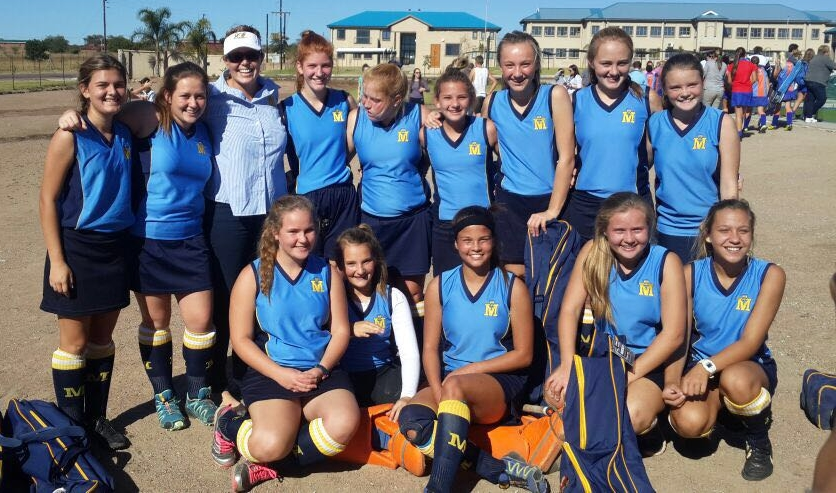 u.14 Girls hockey team to Limpopo finals