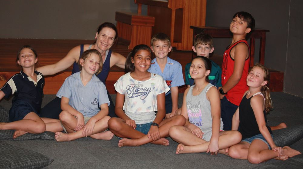 Primary school drama students: Front: Gabriella Draghi, Mia Drake, Zayana Moosa, Taylor Stanley and Simone Spies (Unicorn Preparatory School). Back: Rian Botha, Joshua Welthagen and Rocco Olivier (Laerskool Tzaneen).