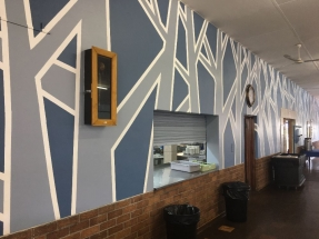 A new look in the dining hall, thanks to Marnel Botha.