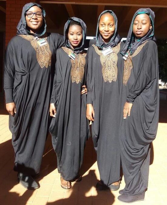Zenasia Nukeri (MHS), Ndzalama Maake (Vuthlari), Tamia Mashele (Vuthlari) en Angela Trzeciak (MHS).