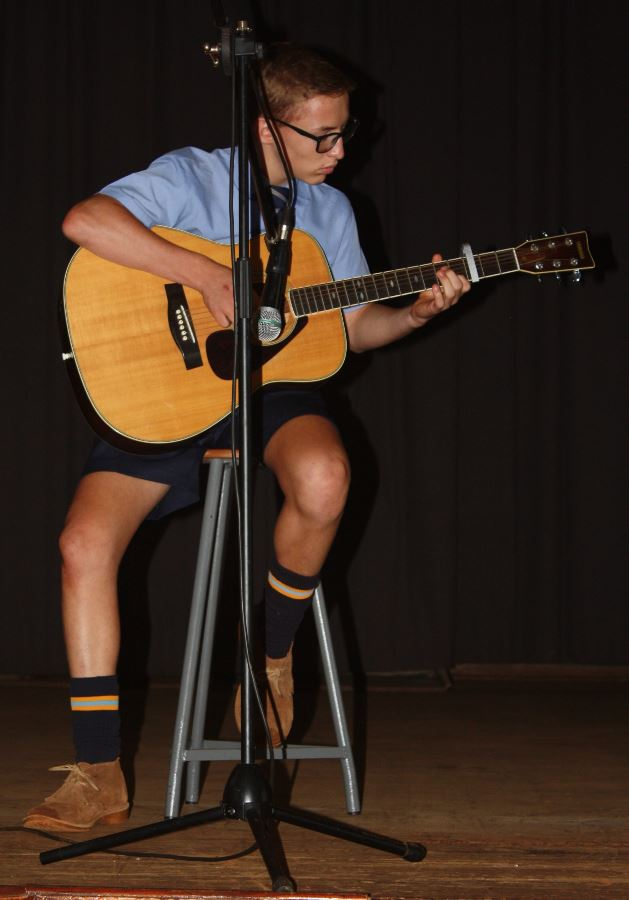 Jaco van Staden on the guitar.