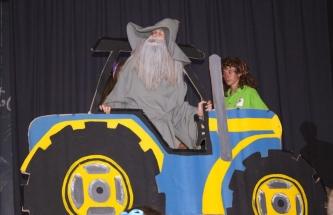 Gandalf (Eric van den Dool) op 'n Plasie-trekker.
