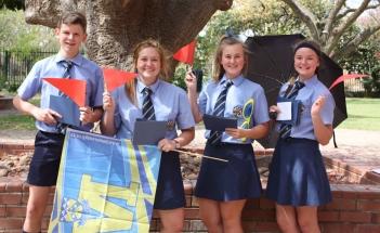 Dian Malherbe, Jamie Robertson, Amelda Pretorius en Suandrie Corbett.